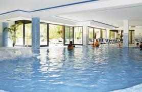 Italský hotel Garda Bellevue s vnitřním bazénem