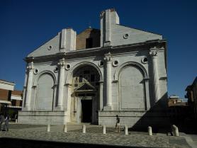 Katedrála Tempio Malatesta v Rimini, Itálie