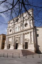 L'Aquila - bazilika Bernardina