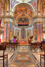 Malta a město Mdina - vnitřek katedrály