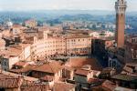 Náměstí Piazza del Campo v Sieně, Toskánsko